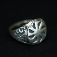 Кольцо с коловратом